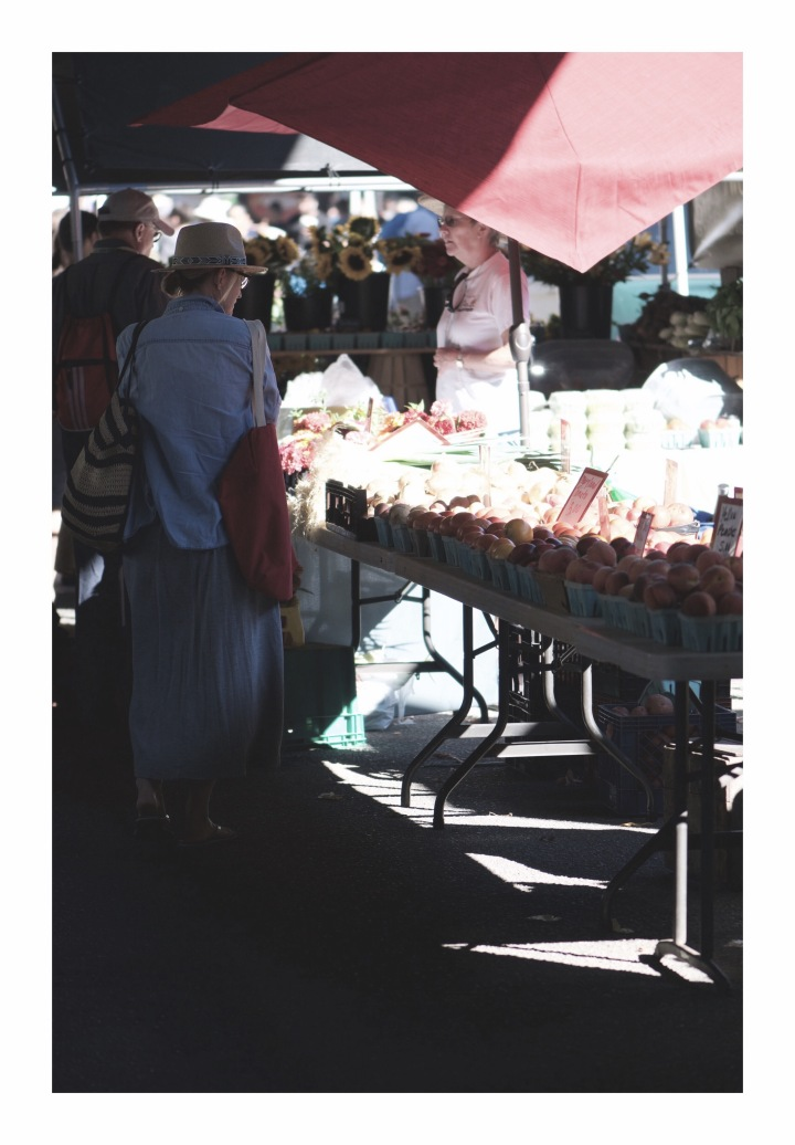 Onthresholds_fruit table at FMIMG_3059